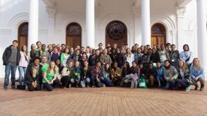 Group photo of all students, volunteers and organizers. Stellenbosch
